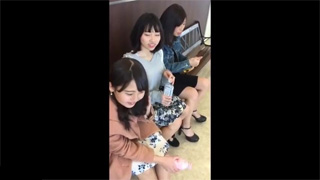 逆さ撮り_女子大生_ミニスカート_パンツ_盗撮画像01