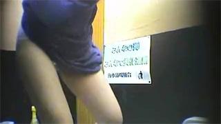 和式便所_オシッコ_放尿_お姉さん_盗撮画像03