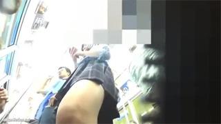 JK_パンチラ_電車_エスカレーター_赤色パンツ_盗撮画像04