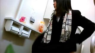 洋式トイレ_放尿_JK_制服_盗撮画像04