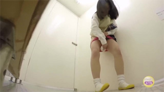 トイレ_オシッコ_お漏らし_JK_盗撮画像05