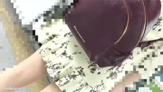 痴漢_電車_手マン_お姉さん_盗撮画像02