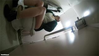 洋式トイレ_オシッコ_お姉さん_盗撮画像05