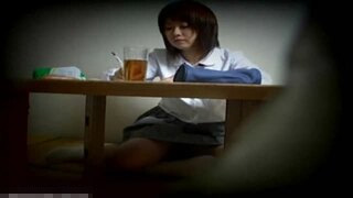 家庭内_オナニー_JK_制服_妹_盗撮画像02