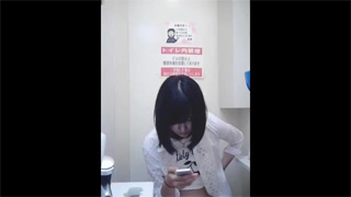 トイレ_洋式_放尿_素人_盗撮画像05