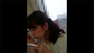 逆さ撮り_パンチラ_素人_お姉さん_盗撮画像03