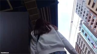 駅ホーム_エスカレーター_パンチラ_女子校生_盗撮画像01